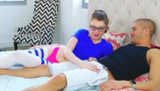 Three-way with a MILF - video 4
