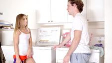 Agressive step-sister - video 2