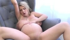 Pregnant Russita have a Surprise (sexy_mommys)